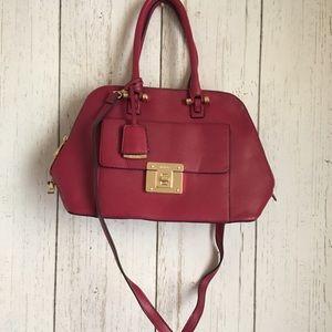 Handbags - 💥Cute Red Aldo Purse💥